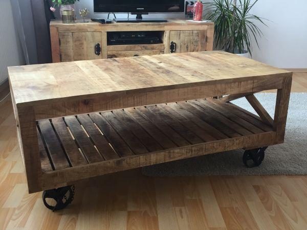 Couchtisch Mangoholz rustikal Holz Tisch Massivholz in Nürnberg ...