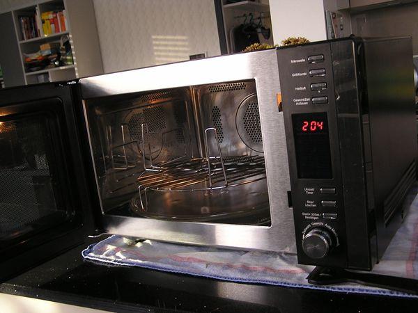Bosch Kühlschrank Roter Knopf : Privileg öko energiesparer kühl gefrierkombination roter schalter