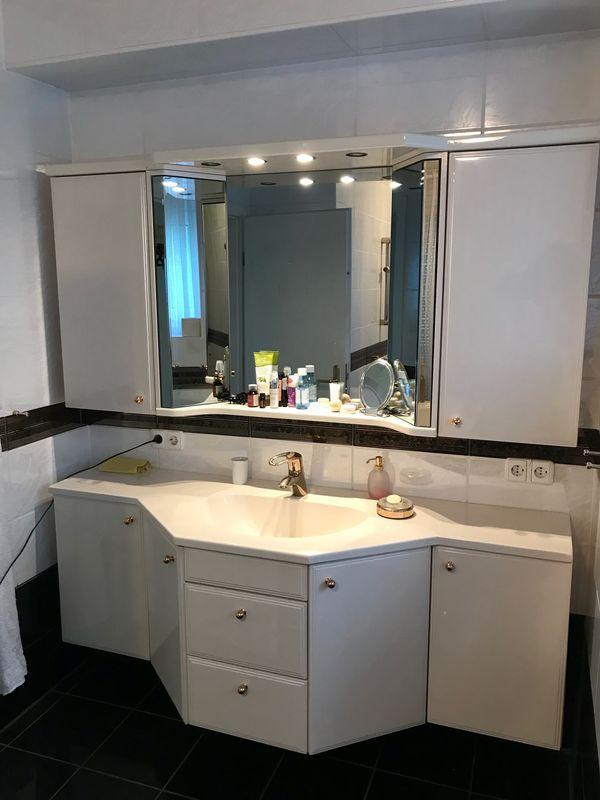 Komplette hochwertige Badezimmer-Einrichtung in Oberursel - Bad ...