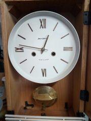 aufziehbare Uhr von