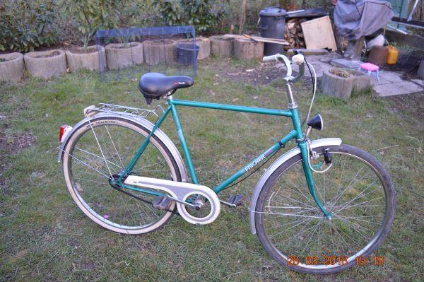 fahrrad oldtimer gebraucht kaufen nur 3 st bis 75. Black Bedroom Furniture Sets. Home Design Ideas