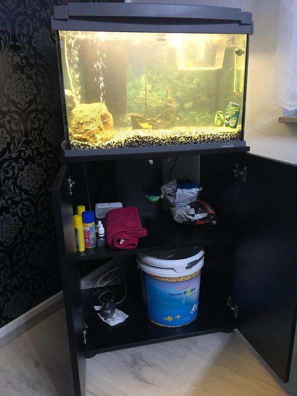 60l aquarium kleinanzeigen kaufen verkaufen bei deinetierwelt. Black Bedroom Furniture Sets. Home Design Ideas