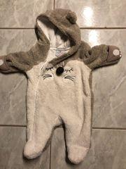Verschiedene Baby Overalls Gr 56 -