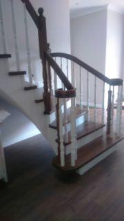 Treppe aus Naturholz