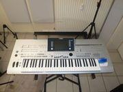 Yamaha -Keyboard Tyros