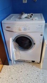 Waschmaschine - wenig genutzt -