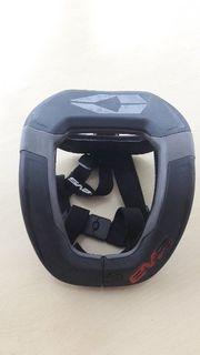 Nackenstütze EVS R4