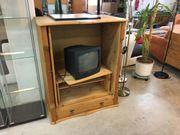 TV Schrank aus