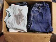 2 Kleiderpakete für