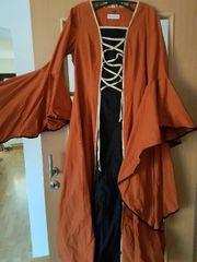 Mittelalterkleid mit Fledermausärmeln Gr 38