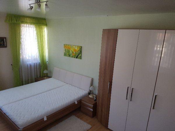 Schlafzimmer - Doopelbett- Nachttische- Schrank- Sideboard in ...