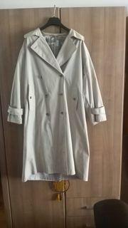 1 grauer Mantel in Größe
