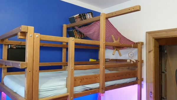 Etagenbett Quoka : Abenteuerbett piratenbett etagenbett hochbett der marke gullibo in