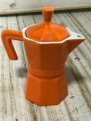 Milchkännchen im Espressokocher