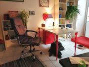 Coworking Arbeitsplatz Möbliertes Büro zu