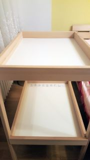 Wickeltisch von Ikea