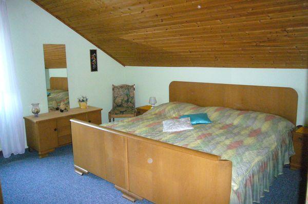 Altes Schlafzimmer aus Omas Zeiten kompl. in St Julian - Schränke ...