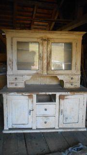Antiker Küchenkasten