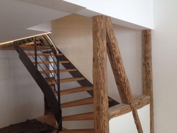 Altholz Balken Tafer Bretter Bett Wohnwand Trennwande
