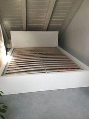 Ikea Bett Malm weiß matt
