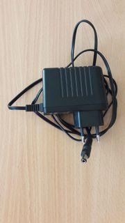Netzteil 230V - 12V