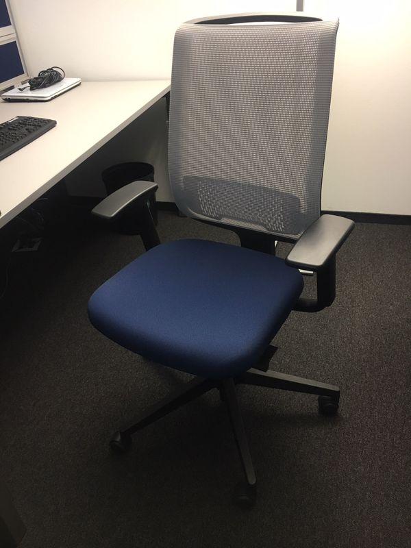 Büro-Drehstuhl Marke Steelcase in Dornbirn - Büromöbel kaufen und ...