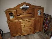 Wunderschöner alter Küchenschrank