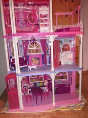 Großes Barbiehaus - wie