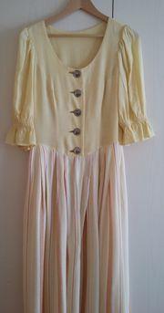 Langes Kleid Landhausstil