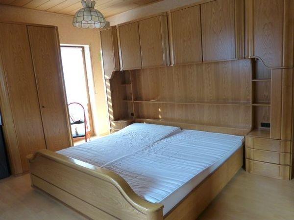 Komplettes Schlafzimmer in massiv Esche in Weidenthal - Schränke ...
