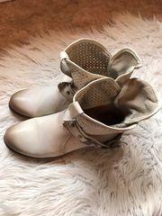 Buffalo Stiefel - Bekleidung   Accessoires - günstig kaufen - Quoka.de ec810e9c03