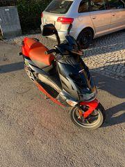 Verkaufe Aprilia 50ccm