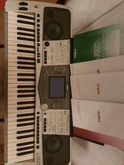 keyboard Yamaha PSR2000