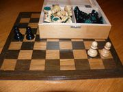 Schachbrett furniert Holzfiguren Eiche