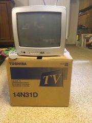 kleiner Color-Fernseher