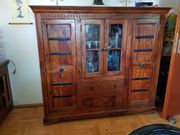 Rustikales Highboard aus