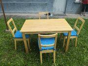 Neuwertiger Esstisch mit
