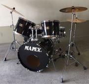 Schlagzeug Mapex zu