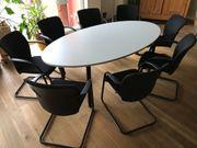 Besprechungstisch mit 8 Stühlen von