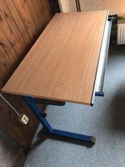 Schreibtisch, höhenverstellbar, stiftablage,