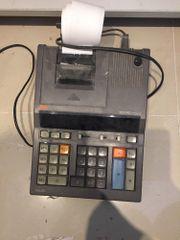 Rechenmaschine / Taschenrechner