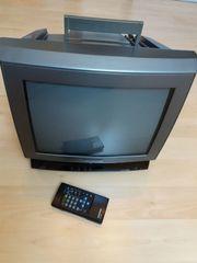 TV-Gerät --- Farbfernseher Grundig Röhrengerät