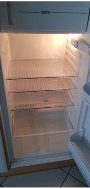 Wohnungsauflösung - Kühlschrank mit Gefrierfach von