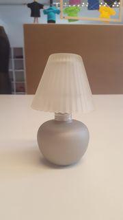 Teelichthalter in Lampenform,