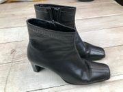 Schicke Stifellette Stiefel von Tamaris
