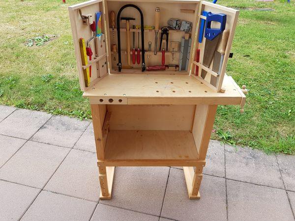 Kinderwerkbank Aus Holz kinderwerkbank aus holz mit werkzeugkasten in sindelfingen