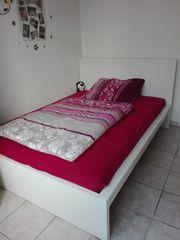 Bett zu verkaufen