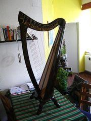 Harfe der Marke Wotan Bardic