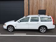 Volvo V70 weiss