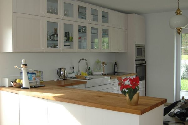 Ikea Küche Laxarby weiß mit Eiche Massivholz Arbeitsplatte und ...